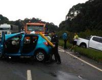 Duas pessoas ficam feridas em acidente na BR 153
