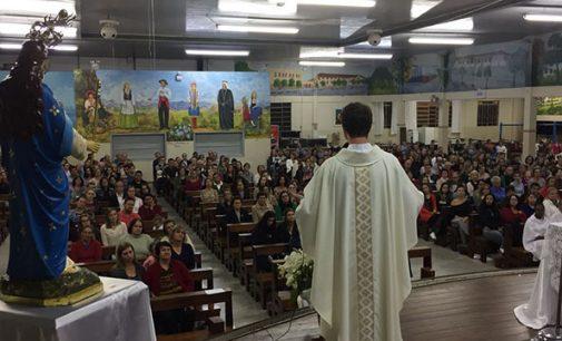 Missas da Matriz de Porto União acontecem no salão de festas