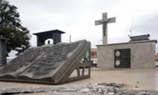 Capela Mortuária de UVA é danificada e tem itens furtados