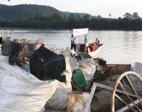 Projeto Rio Limpo retira duas toneladas de lixo do Rio Iguaçu