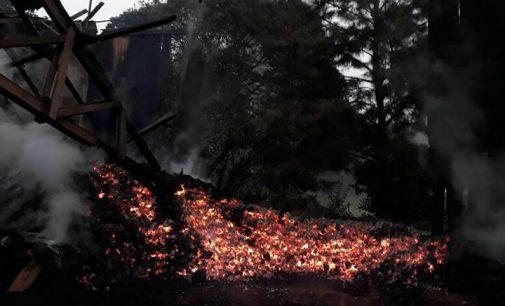 Incêndio destrói carvoaria em General Carneiro