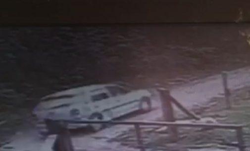 Bandidos levam dois carros em assalto em General Carneiro