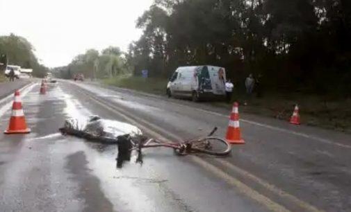 Ciclista morre após ser atropelado por ambulância na BR 476