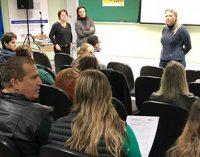 """UVA capacita médicos e enfermeiros para rede """"Mãe Paranaense"""""""