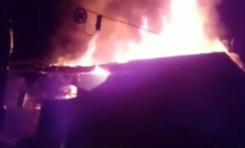 Incêndio destrói residência no São Cristóvão