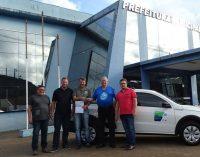 Secretaria de Agricultura de Cruz Machado recebe Saveiro 0km