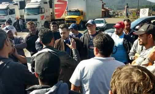 Cejusc presta atendimento aos caminhoneiros de UVA