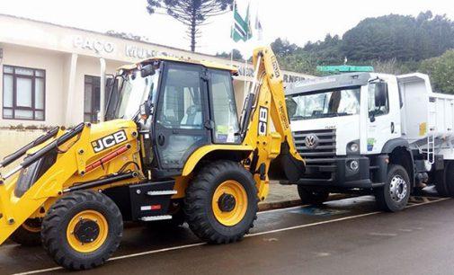 General Carneiro recebe novos equipamentos para Obras