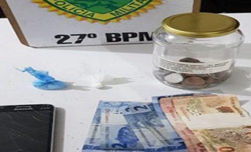 PM de UVA detém três pessoas por tráfico de drogas