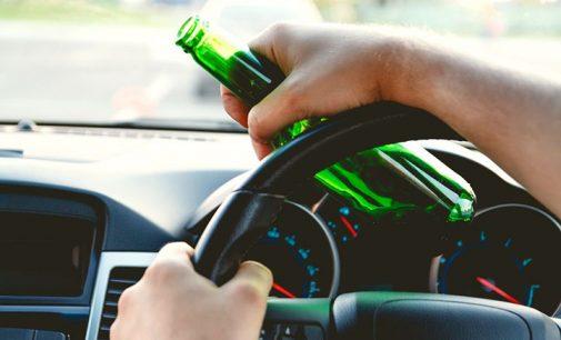 PM detém indivíduos por embriaguez ao volante e desacato