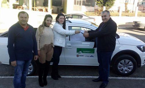 Setor da merenda de Paulo Frontin recebe novo veículo