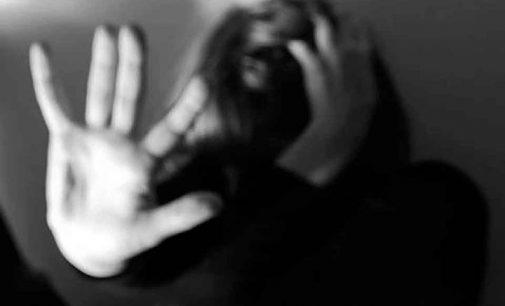 Filho agride mãe ao ponto de a vítima ter o olho arrancado
