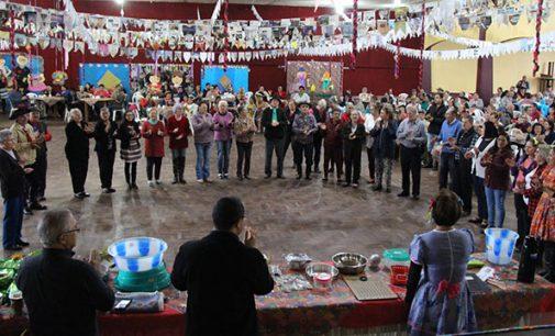 SCFV de Bituruna promove Festa Junina da Melhor Idade