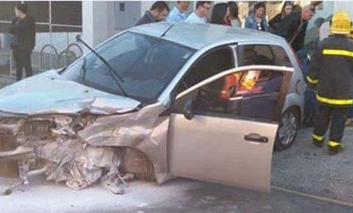 Acidente no centro de Porto União deixa dois feridos