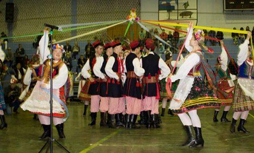 Grupo Folclórico Polonês Pilsko visitou Cruz Machado