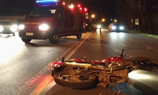 Duas pessoas ficam feridas em acidente próximo da ponte Domício Scaramela