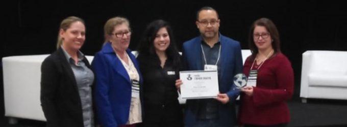 """Bituruna recebe prêmio """"Empreende Bituruna – Material Escolar"""""""