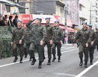 Militares abrem o Desfile de 7 de Setembro nas cidades irmãs