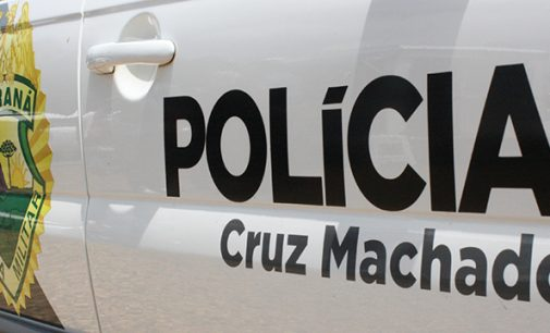 Incêndio destrói galpão no interior de Cruz Machado
