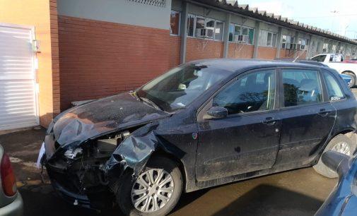 Fiat Stilo que se envolveu em acidente é apreendido