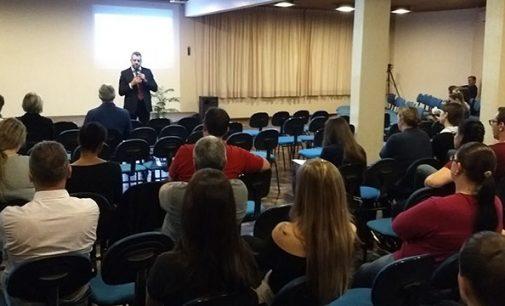 Juiz Mattioli fala sobre 'Ética' para acadêmicos da Uniuv