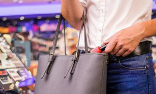 Senhora é detida por furto em Supermercado de UVA