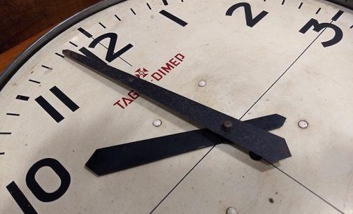 Horário de Verão inicia hoje e relógio devem ser adiantados em uma hora