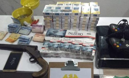Policiais de UVA realizam operação contra drogas