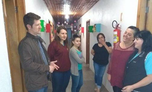 Prefeitura repassa eletrodomésticos ao Cemei Sagrada Família