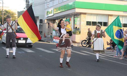 12º Festa Nacional do Steinhaeger e do Xixo se inicia em Porto União