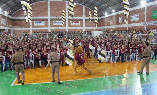 Prefeitura de Bituruna e PM formam 277 alunos do Proerd