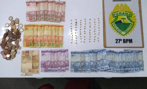 Polícia Militar fecha ponto de venda de drogas