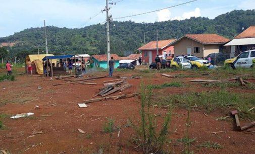 PM faz reintegração de posse de área destinada para casas populares em Bituruna