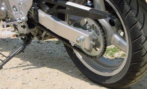 PM apreende motocicleta com mais de oito mil reais em multa