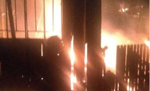Incêndio destrói moradia no bairro Rocio