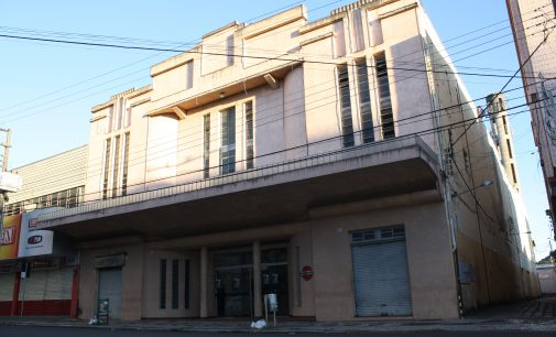Uniuv divulga edital de reforma e restauro do Cine Teatro Luz