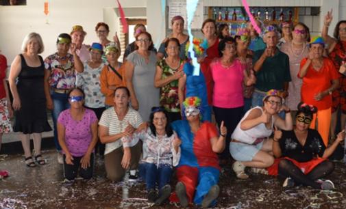 Prefeitura de General Carneiro realiza Carnaval da Terceira Idade