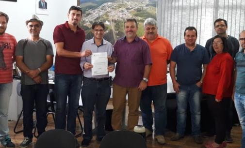 Deputado Estadual Neodi Saretta faz visita a Matos Costa e Porto União