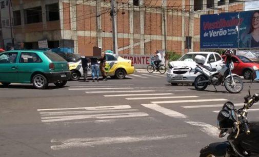 PM atende acidente no centro de União da Vitória