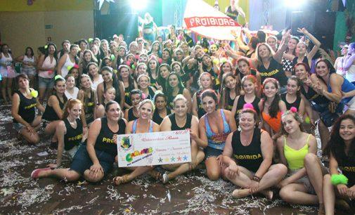 Carnaval das Mulheres em Bituruna arrecada duas toneladas de alimentos