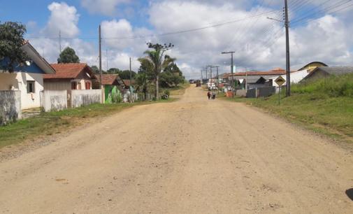 Prefeito de Matos Costa destina recursos a rua Sete de Setembro