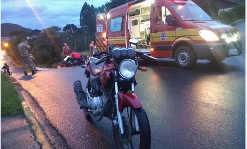 Policiais atendem acidente de trânsito em Porto União
