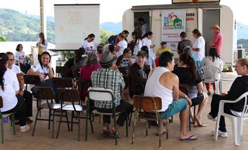 """""""Saúde nos Bairros"""" leva serviços gratuitos em Bituruna"""