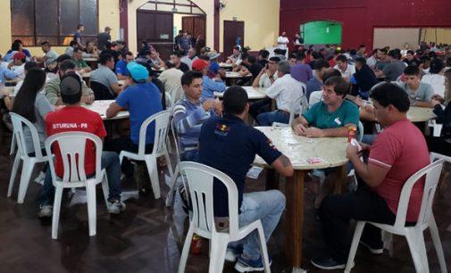 Festa do Trabalhador é iniciada com truco, vôlei e futsal