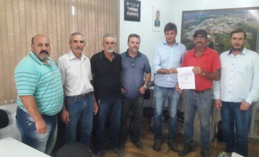 Prefeito Raul entrega Ordem de Serviço para construção de nova ponte