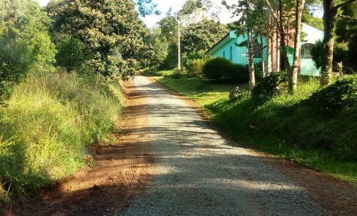 Ruas e estradas rurais de União da Vitória recebem melhorias