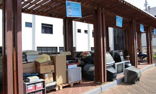 Uma tonelada de lixo eletrônico é recolhido em Bituruna