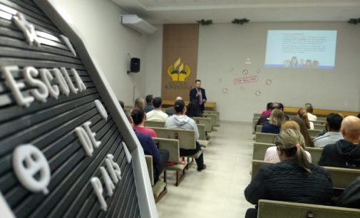 Bullying e proteção à criança é debatido na Escola Adventista
