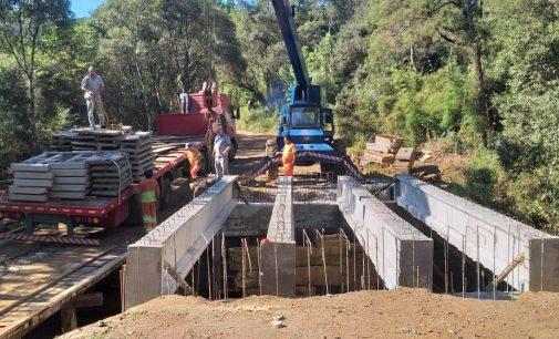 Obras da nova ponte do rio Liso continuam em Matos Costa