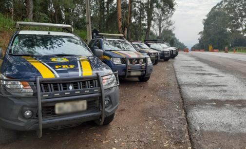 PRF realiza ações do Maio Amarelo sobre segurança no trânsito